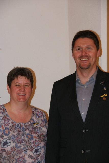 Schriftführerin Birgit Schmidberger und Vorstand Tobias Nock